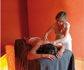 Massage du dos en institut